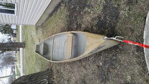 Core craft fibre glass canoe 15ft flat back