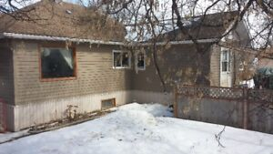 3 Bdrm House for Rent Colonsay Sask, Fenced Yard, Two Garages