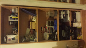 Many household items / plusieurs items de maison
