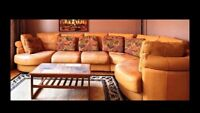 Leather/cuir sectional couch/sofa