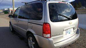 2006 Chevrolet Uplander LT2 Minivan, Van