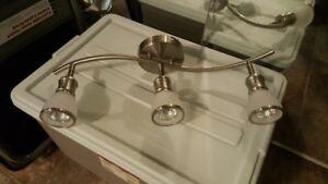 3 LIGHT FIXTURE WITH BULBS FOR SALE!