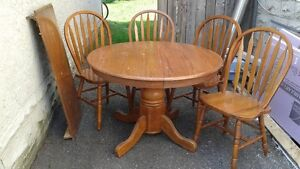 table and chair set Cambridge Kitchener Area image 1
