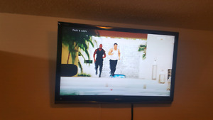 "43"" Sharp LCD HD Tv with Wall Mount"