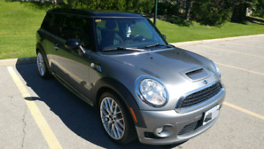 Mini Cooper Clubman JCW with 6 speed manual
