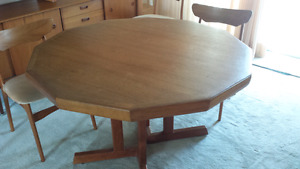 Teak dining room table with 6 chairs and hutch