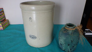 1930's Medalta crock excellent shape