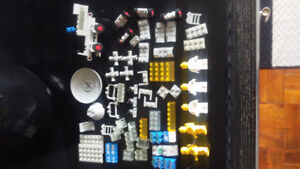 Lego vintage space pieces and minifigs