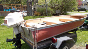 12 FOOT ALUMINUM BOAT WITH MOTOR!