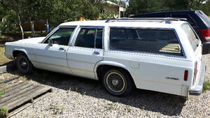 Rare 1988 Ford  Country Squire Wagon