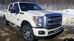 2016 Ford F-350 Super Duty Lariat Platinum Pickup Truck