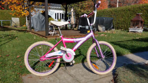 Vélo de style BMX