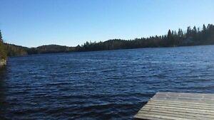 Terrain sur le bord du Lac Xavier