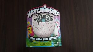 BNIB PINK PENGUALA HATCHIMAL