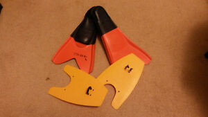 Speedo Training Fins and Pull Paddles