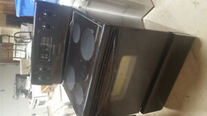 Black ceramic top self cleaning electric stove 150.00.