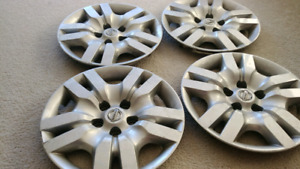 """Nissan Altima hubcaps wheel covers 16"""""""