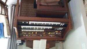 ELECTRONE 3 ketyboard organ