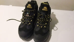 Nordex Work Shoes - Mens Size 9 *** PRICE DROP!!!!! ****