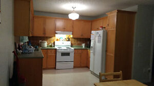 1 bedroom upstairs available now – Prime South End Guelph