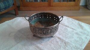 Vintage Silver type metal handcrafted decorative  bowl Kingston Kingston Area image 1