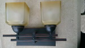 Pair of Oil Rub Bronze Wall Lights Kitchener / Waterloo Kitchener Area image 2
