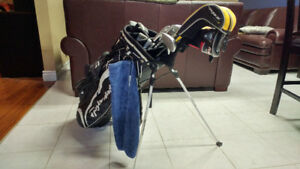 Taylormade Rocketbladez RH iron set w/ Rescue Clubs + more