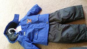 Snow suit 6-12 m London Ontario image 1