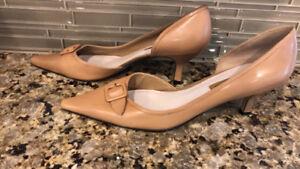 Bandolino Beige Heels Size 11