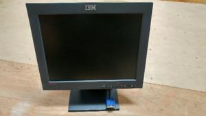 Écran d'ordinateur IBM 15 pouces