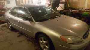Saftied ford taurus REDUCED $2,200!!