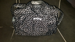 Sac a couches JuJuBe Diaper bag