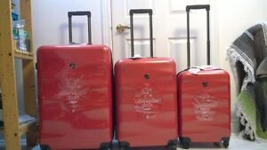 New Luggage - 3 Piece Heys Suitcase Set
