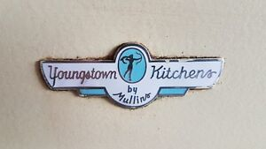 Rare retro kitchen cabinets (Youngstown kitchens by mullino)