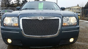 2006 Chrysler 300-Series..122,000KM**EXCELLENT SHAPE IN AND OUT