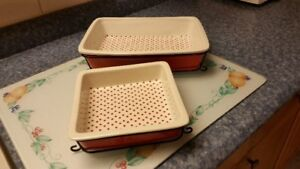 Oven to Table Bakeware Set For Sale.
