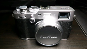 Brand New Fuji X100F (Shutter: 0) with receipt and 11mo warranty