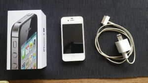 White iphone 4s 16 Gig (Telus)