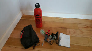 MSR WHISPERLITE STOVE WITH MSR FUEL BOTTLE 887ml