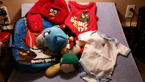 ANGRY BIRDS 15 ITEMS LOT: Tshirt,Hat,Plush Toys,BackPack,Onesie