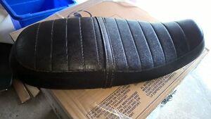 Triumph Bonneville seat - excellent condition