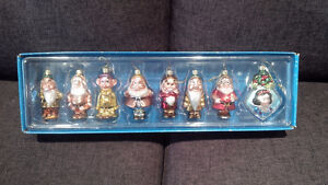Snow White and the Seven Dwarfs Christmas decorations Kitchener / Waterloo Kitchener Area image 1