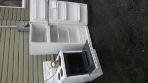 24 inch refridgerator and stove range 4 sale