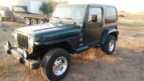 BEAUTIFUL, TOUGH and CLEAN 2000 JEEP TJ Sahara Edition
