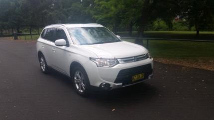 2014 Mitsubishi outlander es St Marys Penrith Area Preview