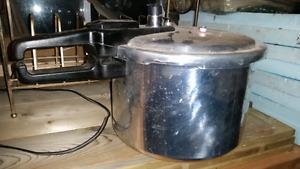 Jasi Pressure Cooker