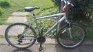 """Raliegh Voyager 26"""" wheels bike bicycles read"""