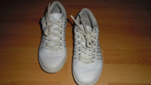Espadrilles K.Swiss 9.5 ( 42.5 ) Coul. Blanc Condition Exc.