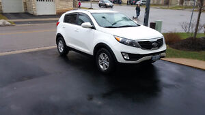 **PERFECT Condition, 2012 Kia Sportage SUV, Automatic**