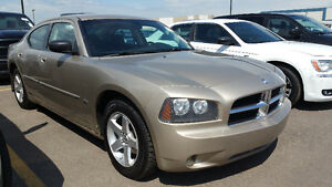 2009 Dodge Charger SXT Sedan...AMAZING!